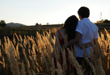 couple-1343944_1280